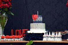 Festa Feminina: Preto, Branco e Vermelho :http://www.decoracaofacil.blog.br/festa-feminina/