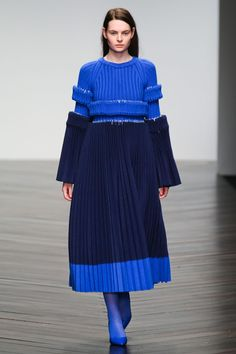 Central Saint Martins Fall 2013 RTW Collection - Fashion on TheCut