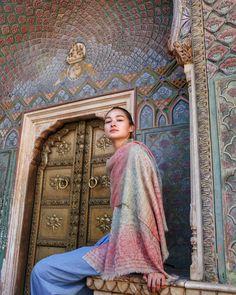 Summer Gate at City Palace, Jaipur! 🙏🇮🇳💛 #incredibleindia #brunatakestheworld #citypalace #jaipur #rajasthan