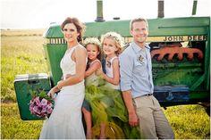 #Farm #Wedding http://www.mooitroues.co.za/2015/11/coenie-en-jennifer-se-baie-mooi-plaas-troue/