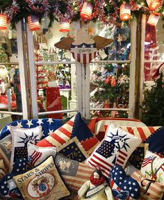 28 Farmhouse Fourth July Independence Patriotic Day Decoration Idea Fourth Of July Decor, 4th Of July Decorations, 4th Of July Party, July 4th, 4th Of July Wreath, Christmas Decorations, Americana Decorations, Christmas Themes, Christmas Cookies