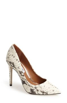 Free shipping and returns on Steve Madden 'Proto' Pointy Toe Pump (Women) at Nordstrom.com.