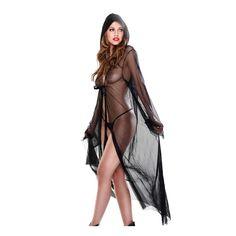 Deja aflorar tu lado de seductora diabólica con esta maravillosa túnica de la colección Fetish Fantasy Lingerie. Se trata de un suave albornoz fabricado en una malla de gran calidad con la que tendrás a tu amante pidiendo acción en todo momento.