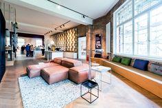 Showroom - Eine ausgewogene Architektur- und Designsprache gibt diesem Ensemble im Westen Berlins seinen Charakter. Hier vereinen sich auf kreative Weise Alt und Neu. Hier wird alles dem Wunsch nach Individualität und urbanem Miteinander gerecht, wird die Lebensfreude von Groß und Klein immer wieder neu geweckt.