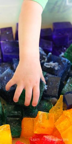 How to make rainbow ice for sensory play.  Visit pinterest.com/arktherapeutic for more #sensoryplay ideas