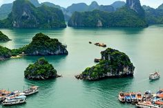 5-Day Tour of Hanoi Including Halong Bay Cruise and Water Puppet Show 									Embark on this multi-day tour of Hanoi and make your vacation a remarkable one! Over the course of 5 days, take a cruise on Halong Bay, explore the Old Quarter, and visit ancient temples. Stay in the double and twin bed accommodations provided, enjoy daily breakfasts, and complimentary transfers to and from the Noi Bai International Airport.  		 											Day 1: Hanoi arrival (No meals) Upon arriva...