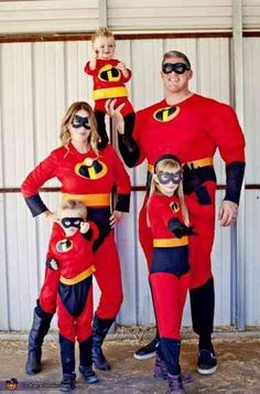 The Incredibles Family Halloween Costume Idea on Frugal Coupon Living plus more Halloween Costume Ideas for the family or multiple people. The Incredibles Halloween Costume, Baby Halloween Costumes For Boys, Homemade Halloween Costumes, Disney Halloween Costumes, Fete Halloween, Halloween Costume Contest, Halloween Outfits, Halloween Photos, Halloween 2018