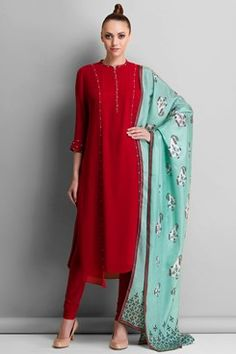 Berry red paneled kurta set with mint blue printed dupatta available only at Carma Online Shop. Ethnic Outfits, Indian Outfits, Fashion Outfits, Indian Attire, Indian Ethnic Wear, Indian Style, Pakistani Dresses, Indian Dresses, Red Colour Dress