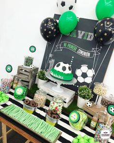 Ideas For Birthday Food Party Candy Bars Birthday Cake For Him, Soccer Birthday Parties, Football Birthday, Birthday Party Tables, Soccer Party, Birthday Diy, Funny Birthday Cards, Candy Bar Party, Candy Table