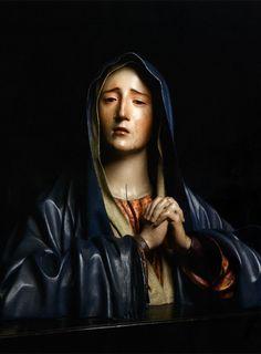 """""""La Dolorosa"""".También es una escultura de Pedro de Mena, se encuentra en la Iglesia de Santa María del la Victoria de Málaga (España), y data del año 1675."""