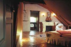 Henri IV #chateaudevallery #wedding #mariage #chambre #renaissance