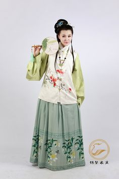 "Chinese Ming Dynasty dress recreation (""Twelve Beauties"" from zhongelina on taobao)"