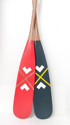 The original makers of Artisan Painted Canoe Paddles in Canada. Our paddles are functional pieces of art for your home and on the water. Canadian Canoe, Canoe Camping, Barn Wood Crafts, Firewood Storage, Canada 150, Paddle Boat, Balance Board, Canadian Artists, Native Art