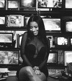 Nicki Minaj Quotes, Nicki Minaj Rap, Nicki Minaj Outfits, Nicki Minaj Barbie, Nicki Minaj Wallpaper, Jennifer Garner, Cabaret, Weekender, Coachella