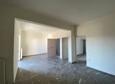 Μεσιτικό Γραφείο LANDERS - Spitogatos.gr | Σελίδα 6 Mirror, Furniture, Home Decor, Decoration Home, Room Decor, Mirrors, Home Furnishings, Home Interior Design, Home Decoration