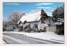Thatched cottage in Bishops Cleeve.