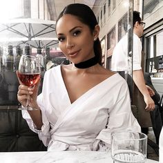 WEBSTA @ marianna_hewitt - I can never think of Instagram captions so here's a picture of me drinking wine before I eat pasta #coolstory
