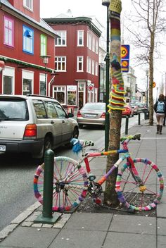 The street art in Reykjavík is everywhere! It is Nordic in its communication, and you will find stories about love, heroes, dramas, nature, and magic. We think this yarn bombed bicycle must stand for love. And perhaps to remember to pack warm clothes when traveling to Iceland on vacation. Warm equals happy up here, you know ;-)