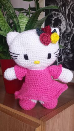 Be More: Horgolt Hello Kitty Free Pattern, Hello Kitty, Dinosaur Stuffed Animal, Barbie, Toys, Handmade, Character, Art, Amigurumi