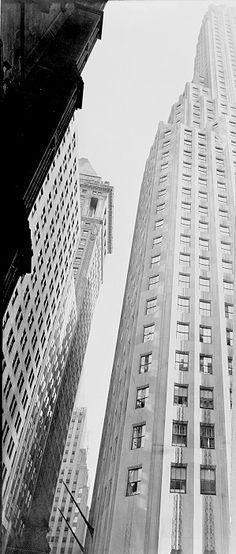 Berenice ABBOTT :: Irving Trust Building, 1938