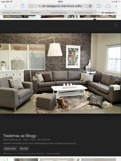 Grått vardagsrum Couch, Room, Furniture, Home Decor, Brown, Bedroom, Settee, Decoration Home, Sofa