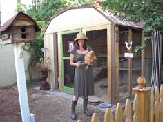 A Phoenix couple turned an unsightly garden shed into a chic backyard coop for their three chickens.