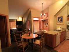 UNIT WE RENTED IN 2014 River Run, Expedition Station Vacation Rental - VRBO 239557 - 1 BR, twin murphy bed, sleeper sofa $2590 5nights
