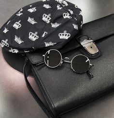 241ec106f8105f Round sunglasses are the ultimate style statement this Winter.   DGSicilianWestern Round Sunglasses, Burberry