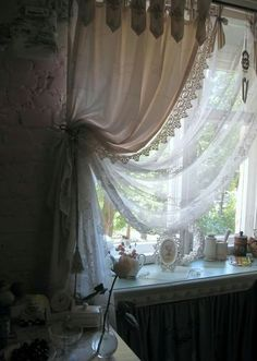 Shabby Chic Curtains Bedroom Window Treatments Ideas- Shabby Chic Curtains Bedroom Window Treatments Ideas- When it comes to bed room decoration thoughts, certain things bring heart stage. Shabby Chic Curtains, Vintage Curtains, Shabby Chic Bedrooms, Bedroom Vintage, Lace Curtains, French Country Curtains, French Country Bedrooms, French Curtains, Rideaux Du Bow Window
