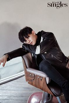 EXO's Chen expresses his charismatic charm for 'Singles'   allkpop.com