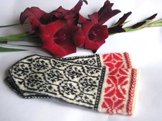 Red and Black and White fall finds by Lorraine on Etsy
