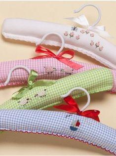 Baby Hangers by Jacaranda Living Padded Coat Hangers, Wooden Hangers, Plastic Hangers, Closet Hangers, Baby Hangers, Sewing Crafts, Sewing Projects, Sewing Room Storage, Hanger Crafts