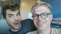 Supercool super such a pleasure meeting U & having really nice chat w/you, thanks&allthebest @adamlambert @Val202