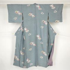 Gray komon kimono /【小紋】グレー地扇柄
