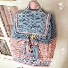 @asyaileanneolmak  . #çanta #homemade #homedecor #homedesign #evim #evimgüzelevim #instahome #lifestyle #myhome #homes #dekorasyon #örgü #örgümodelleri #örgümüseviyorum #nako #alize #elemegi #hobi #fotografheryerde #resim #baby #knitting #knittersofinstagram #crochet #crocheting #blanket #amigurumi #vintage #pattern #pinterestinspired