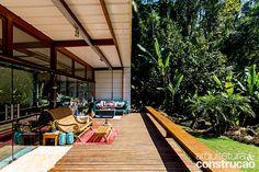 Revista Arquitetura e Construção - Casa de praia econômica ficou pronta em 8 meses