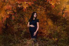 Tehotenské fotenie  prírode. Exteriér. Jeseň. Maternity photoshoot. Slovak Photographer. Photo by Radka Bezdedová Pregnancy Photos, Maternity, Maternity Pics, Maternity Photography, Maternity Photos, Pregnancy Pictures