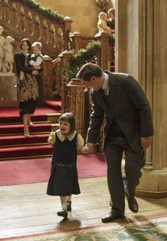 downton abbey christmas special season 5.  Oh my goodness awwwww!!!  So cute...@evalynnlove  :)