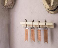 Smart, snygg och praktisk nyckelhylla - Slöjd-Detaljer