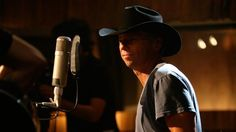 Check out Kenny Chesney's videos on Walmart Soundcheck for a chance to score artist swag and more on #AmpedUpRewards! #prizes #rewards #kennychesney #wmsoundcheck