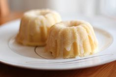 Jax and Jewels: Lemon Mini Bundt Cakes