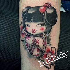@polynesianink @inkladytattoo @thebestitaliantattooartists @milanocityink #tattoos #kokeshitattoo #girlstattoo #cartoontattoo #colortattoo #blackandwhite