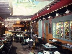 In 1983, Puck introduced the U.S. to Asian fusion with his second restaurant, Chinois on Main, in Santa Monica, Calif.