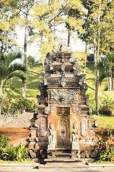 Weaving Life on Bali