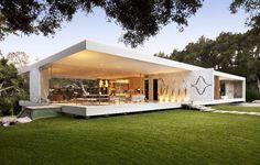 The Glass Pavilion home in Santa Barbara, California. (Photo: Sotheby's Homes) #architecture