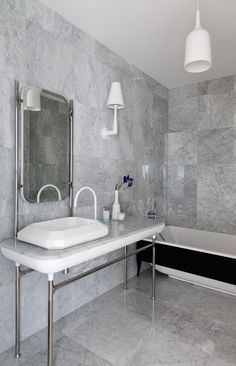 Bathroom tile ideas to get your home design juices flowing. will amp up your otherwise boring bathroom routine with a touch of creativity and color. Narrow Bathroom, Bathroom Floor Tiles, Grey Bathrooms, Bathroom Sets, Tile Floor, Shower Bathroom, Wall Design, House Design, Small Showers