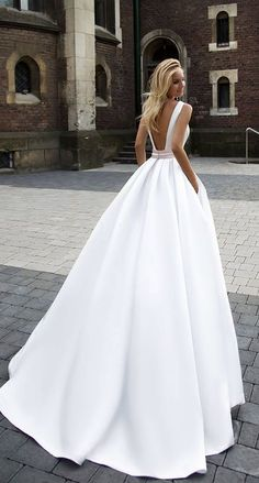 Courtesy of Oksana Mukha wedding dress; www.oksana-mukha.com; Wedding dress idea. #weddingdress