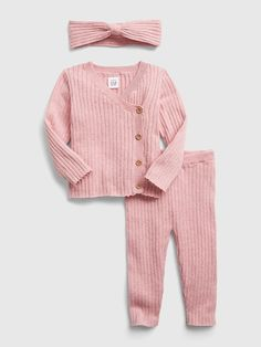 Saw this on Gap: Sweater Outfits, Girl Outfits, Smocked Baby Clothes, Baby Girl Closet, Ribbed Sweater, Knit Beanie, Smocking, Knitting, Gap