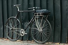 Beautiful Bicycle: Northside Wheelers 3-Speed Suicide Porteur by John Prolly, via Flickr