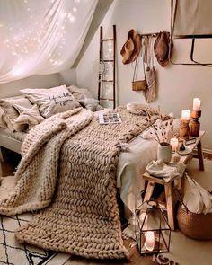 Room Design Bedroom, Room Ideas Bedroom, Small Room Bedroom, Home Decor Bedroom, Bedroom Ideas For Small Rooms Cozy, Bohemian Bedroom Design, Bedroom Signs, Bedroom Wall, Cute Bedroom Ideas For Teens